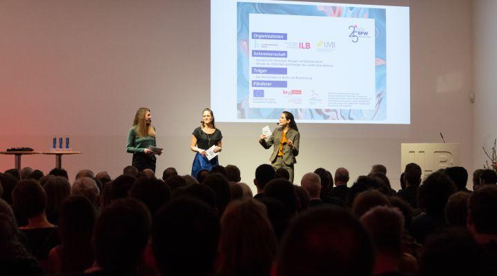 Madlen Dietrich, Anna Schnekker, Christina Arend